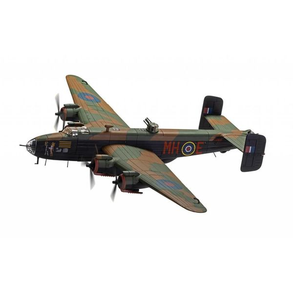 Corgi Halifax BIII 51 Squadron RAF LV937 MH-E Expensive Babe Snaith, March 1945 Halifax Centurion 1:72 with stand