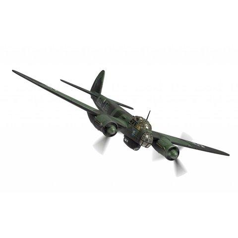 JU88A-5 III./KG51 Luftwaffe 9K+ED Winter 1940 1:72 with stand