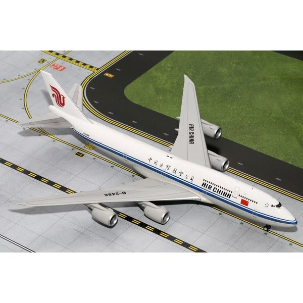 Gemini Jets B747-8I Air China B-2486 1:200 with stand