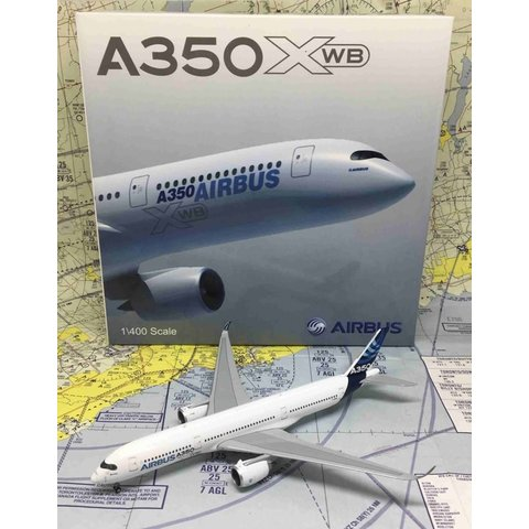 A350-900 Airbus House Livery F-WXWB 1:400 with antennae