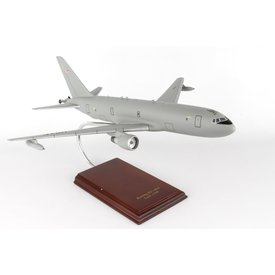 KC46 Tanker USAF 1:100 with stand