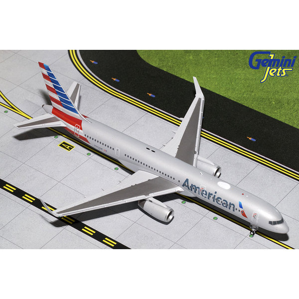 Gemini Jets B757-200W American Airlines 2013 Livery N203UW 1:200 with stand (2nd)