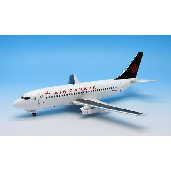 InFlight B737-200 Air Canada 1993 Livery Green Tail C-GQCP 1:200 (no stand)