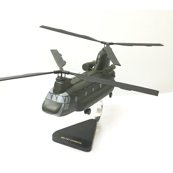 CH147D Chinook RCAF 147201 Green Mahogany with stand