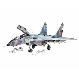 Revell Germany MIG29UB/CT TWO SEATER 1:32 *O/P* used