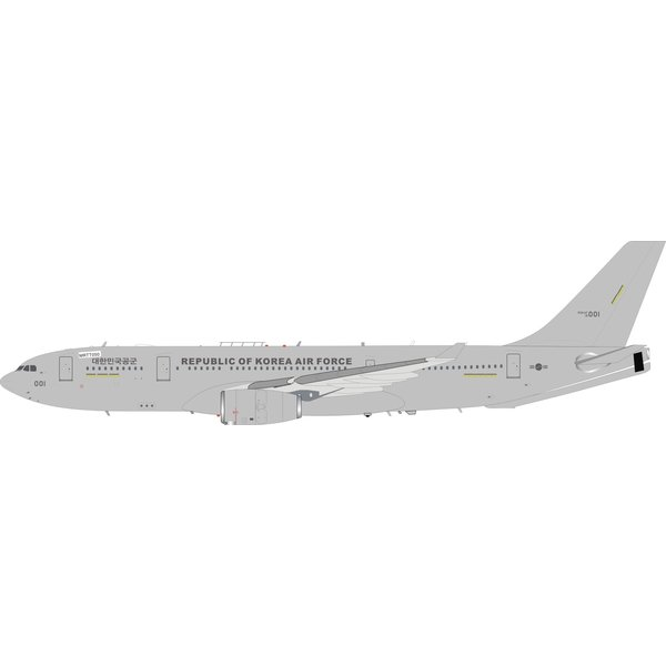 InFlight A330-200 MRTT Republic of Korea Air Force ROKAF 18-001 1:200 with stand