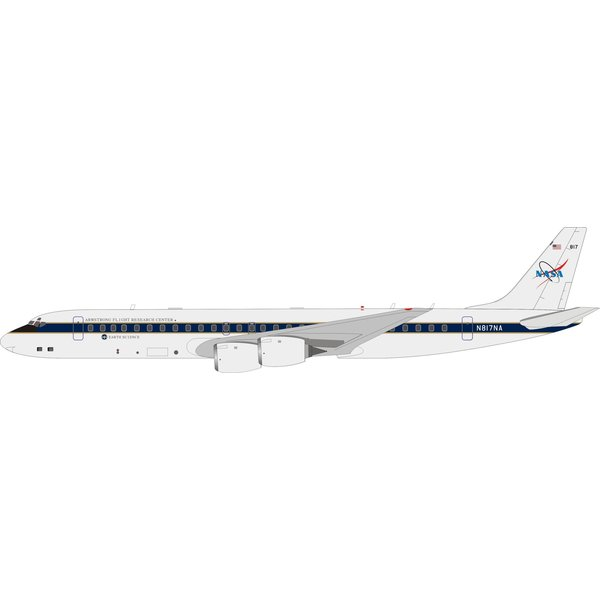 InFlight DC8-72 NASA N817NA 1:200 With Stand
