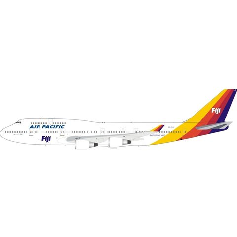 B747-400 Air Pacific Fiji DQ-FJK 1:200 with stand