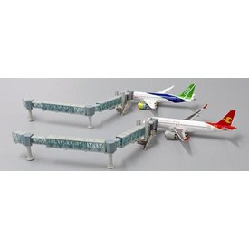 JC Wings Airport Passenger Bridge Narrow Body 1:400 (2 bridges)