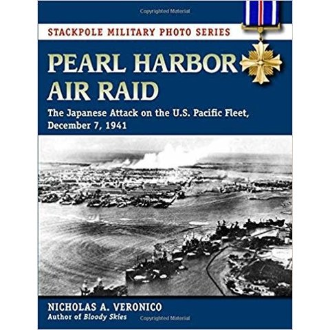 Pearl Harbor Air Raid: Japanese Attack on U.S. Pacific Fleet softcover