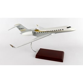Global 5000 Bombardier House Livery gold/grey 1:55 with stand