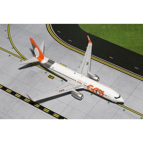 B737-800W GOL PR-GXZ 1:200 with stand