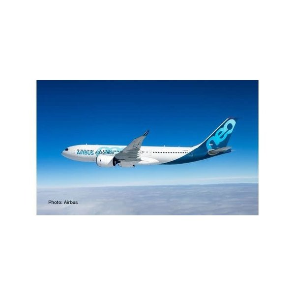 A330-800neo Airbus House Livery 1:500 by Herpa
