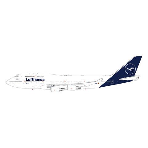 B747-400 Lufthansa 2018 livery D-ABVM 1:200