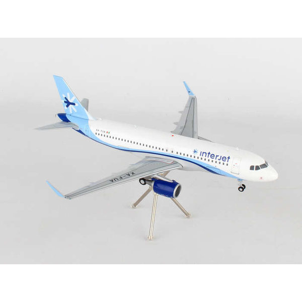 Gemini Jets A320S Interjet XA-FUA 1:200 with stand