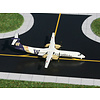 Dash8 Q400 Horizon U of Washington Huskies 1:400