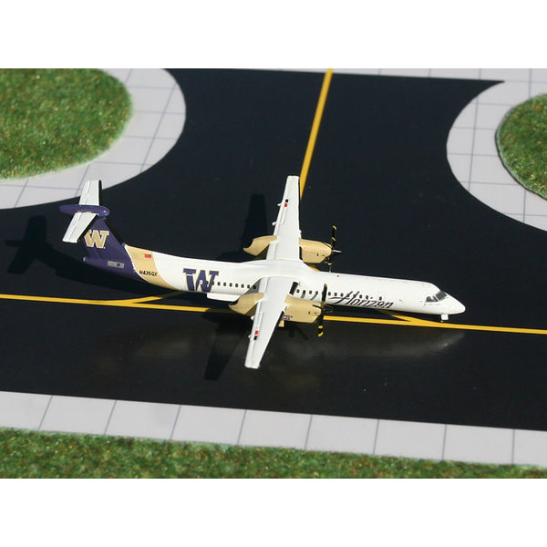 Gemini Jets Dash8 Q400 Horizon U of Washington Huskies 1:400