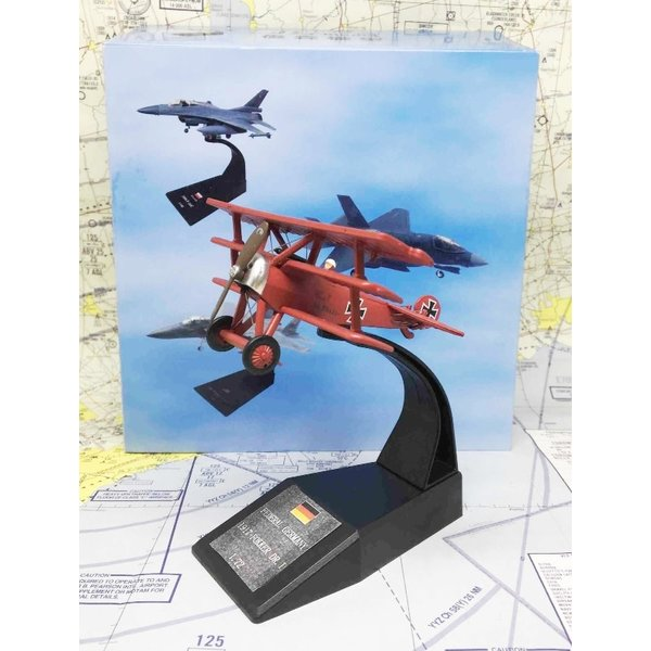 Fokker DR1 Red Baron 1917 1:72 with stand**o/p**