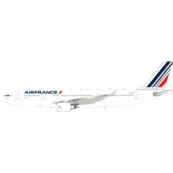 InFlight A330-200 Air France F-GZCH 1:200 with stand