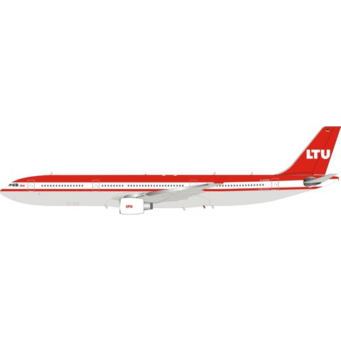 A330-300 LTU D-AERQ 1:200 with stand