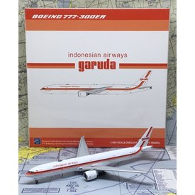 JC Wings B777-300ER Garuda Indonesia Retro PK-GIK 400 flaps