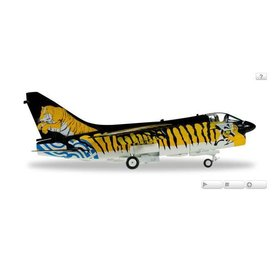 Herpa A7E Corsair II Hellenic Air Force Tiger Meet 1:72