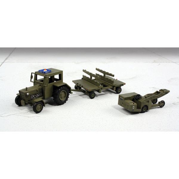 Hobby Master Weapons Loading Set USAF Modern 1:72 (Set #2)