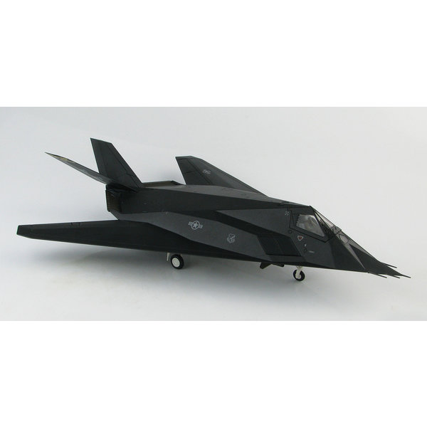 Hobby Master F117A Nighthawk 8FS Black Sheep HO Kosovo 1:72