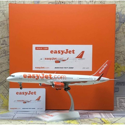 B757-200 Easyjet OH-AFI 1:200 with stand