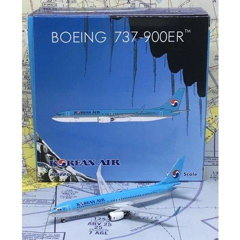 B737-900W Korean Air HL8221 1:400
