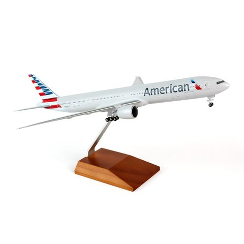 B777-300 American 2013 livery 1:200 Gear+Wood Stand