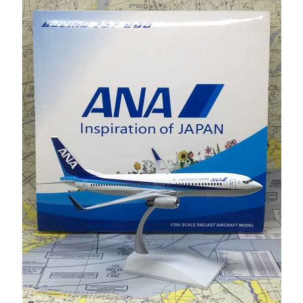 JC Wings B737-800W ANA JA86AN 1:200 with stand