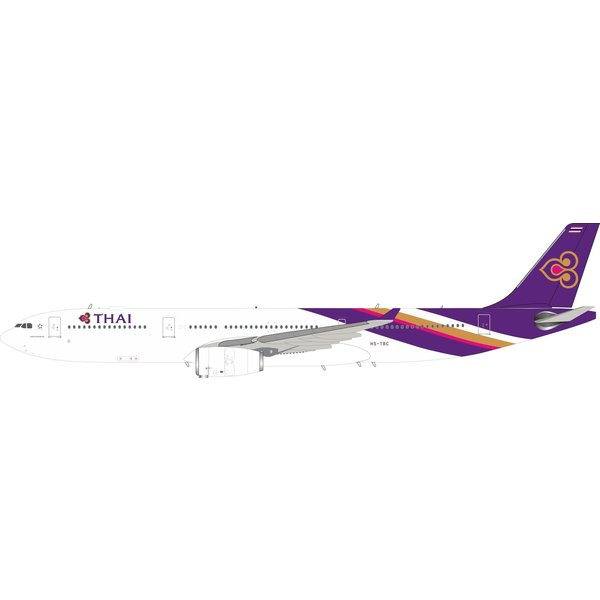 InFlight A330-300 Thai Airways HS-TBC 1:200 with stand