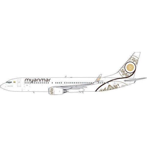 Phoenix B737-800W Myanmar National Airlines XY-ALG 1:400