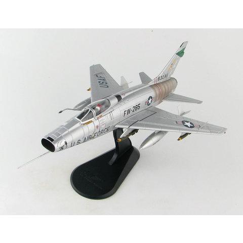 F100D Super Sabre 481TFS Pretty Penny FW-285 1:72