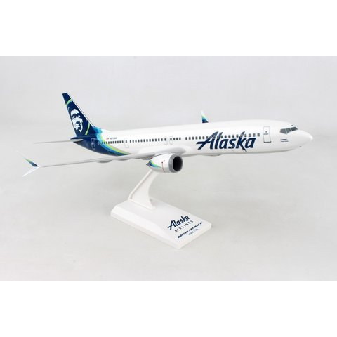 B737 MAX9 Alaska Airlines 2015 livery 1:130 stand