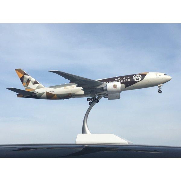 JC Wings B777-200F Etihad Cargo Year of Zayed 2014 A6-DDE 1:200