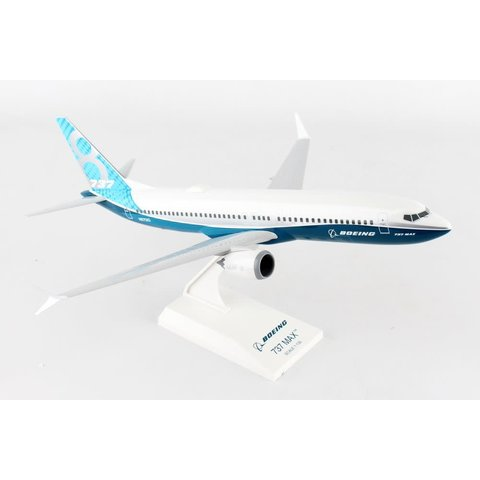 B737 MAX8 Boeing House livery 1:130 with stand