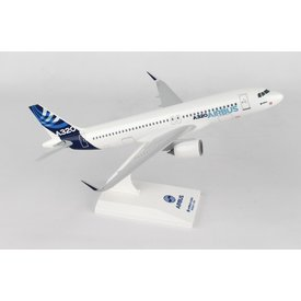 SkyMarks A320 Airbus House livery 1:150 with stand