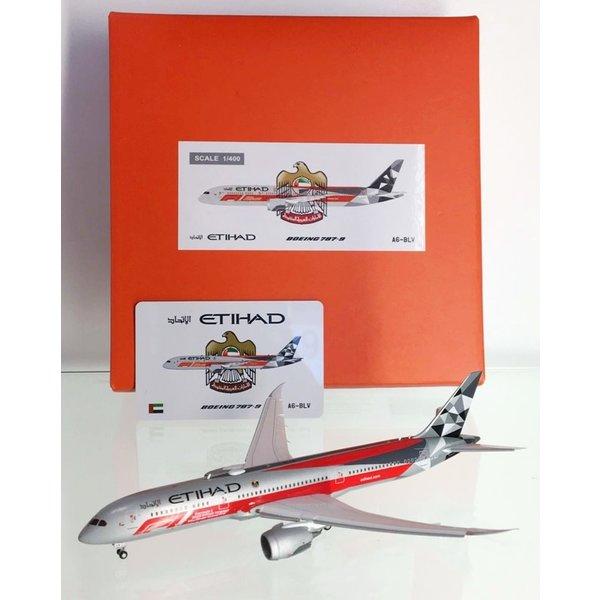 JC Wings B787-9 Dreamliner Etihad Formula 1 A6-BLV 1:400 flaps