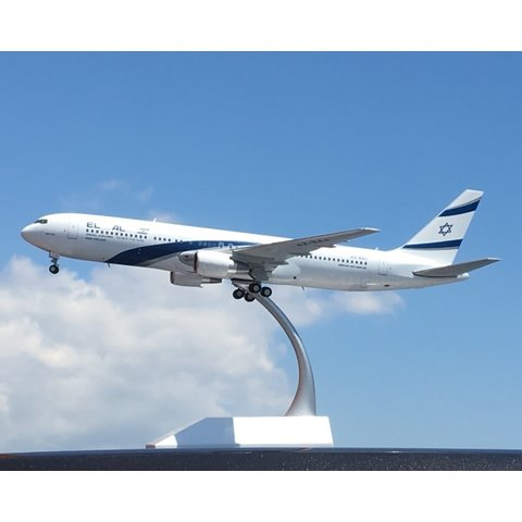 B767-300ER El Al 4X-EAJ 1:200 with stand