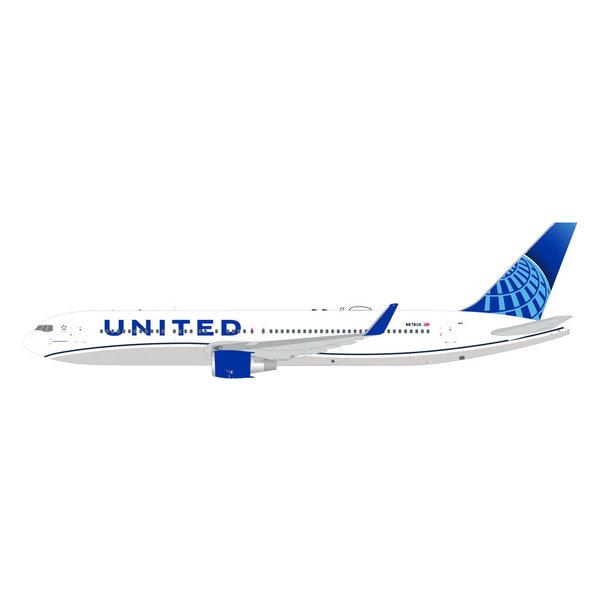 Gemini Jets B767-300ERW United 2019 Livery N676UA 1:400