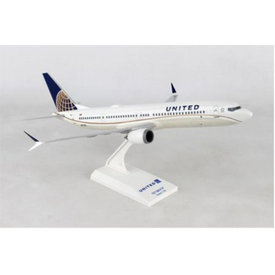 SkyMarks B737-9 MAX United 2010 livery 1:130 with stand