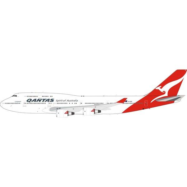 InFlight B747-400 QANTAS VH-OEE Final Flight 1:200 stand/coin