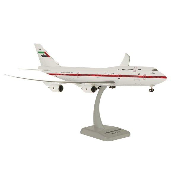 Hogan United Arab Emirates 747-8 1/200 W/Gear Reg#A6-Pfa