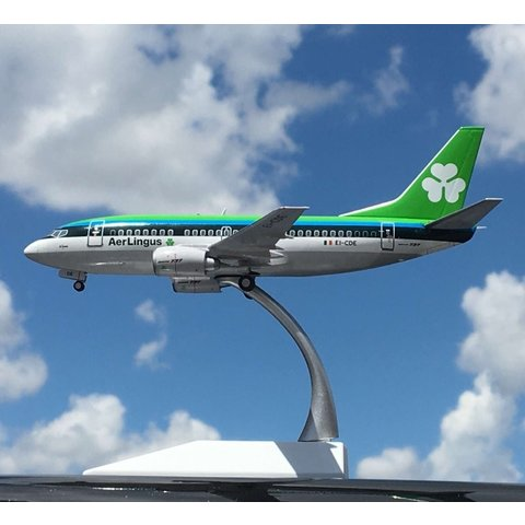 B737-500 Aer Lingus EI-CDE 1:200 with stand