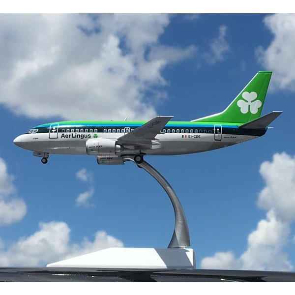 JC Wings B737-500 Aer Lingus EI-CDE 1:200 with stand