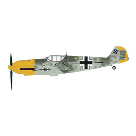 Hobby Master BF109E4 Adolf Galland JG26 Schlageter France 1:48