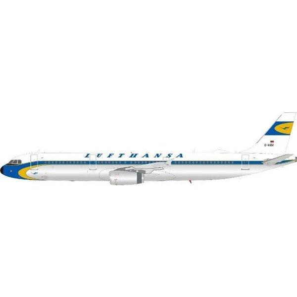 InFlight A321 Lufthansa Retro Livery D-AIDV 1:200 w/stand
