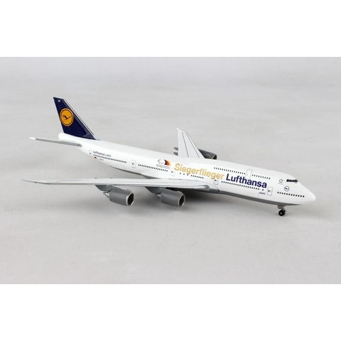 B747-8 Lufthansa Siegerflieger Paralympics Rio 16 1:500
